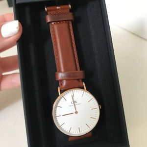 Classic St Maves 36 mm new in box with heart